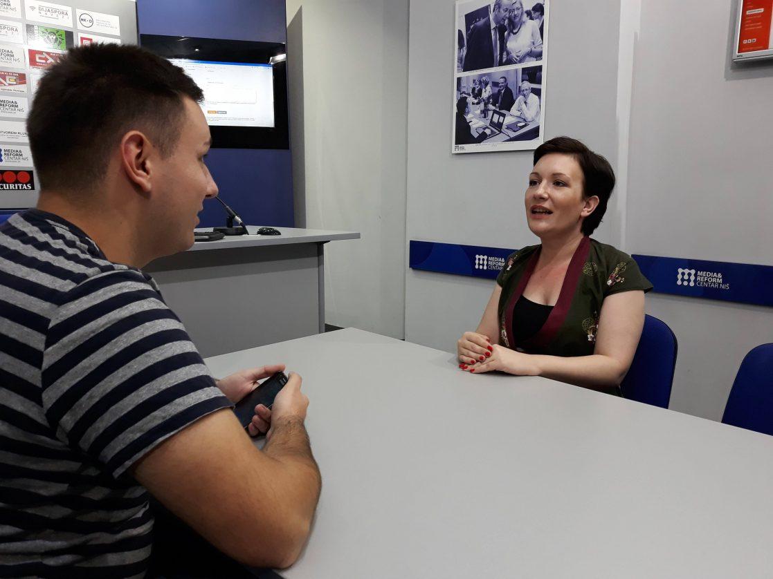 Jovana Gligorijević: Danas je jako teško biti politički novinar
